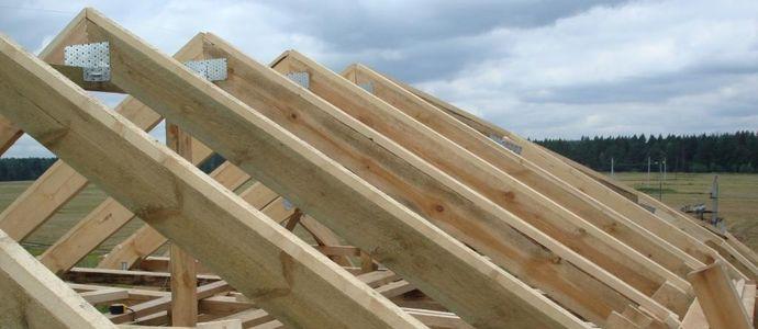 Как положить стропила двухскатной крыши