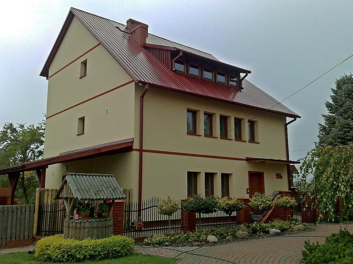 Ассиметричная крыша из профнастила