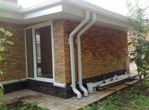 Водоотвод со скатной крыши