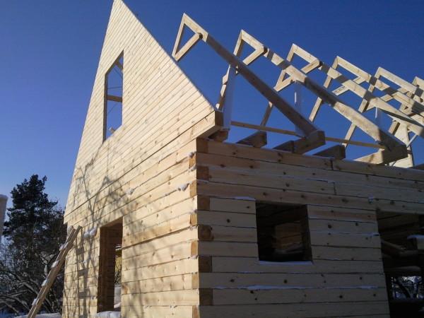 Фронтон для двухскатной крыши